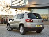 Pictures of Volkswagen Tiguan UK-spec 2008–11