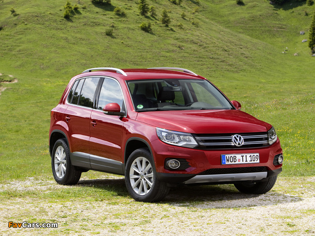 Pictures of Volkswagen Tiguan Track & Style 2011 (640 x 480)
