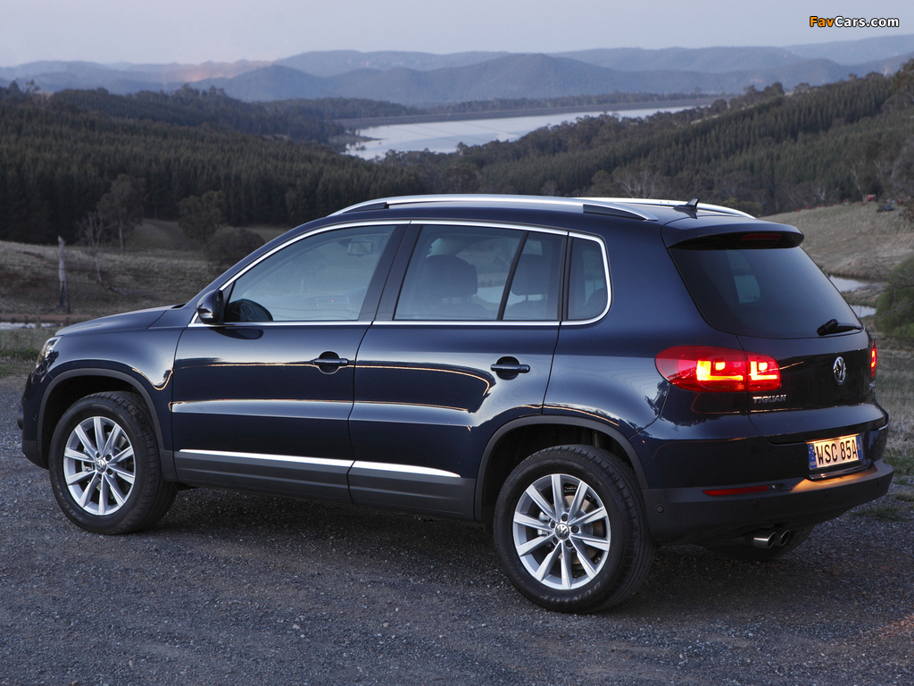 Pictures of Volkswagen Tiguan Sport & Style AU-spec 2011 (1024 x 768)