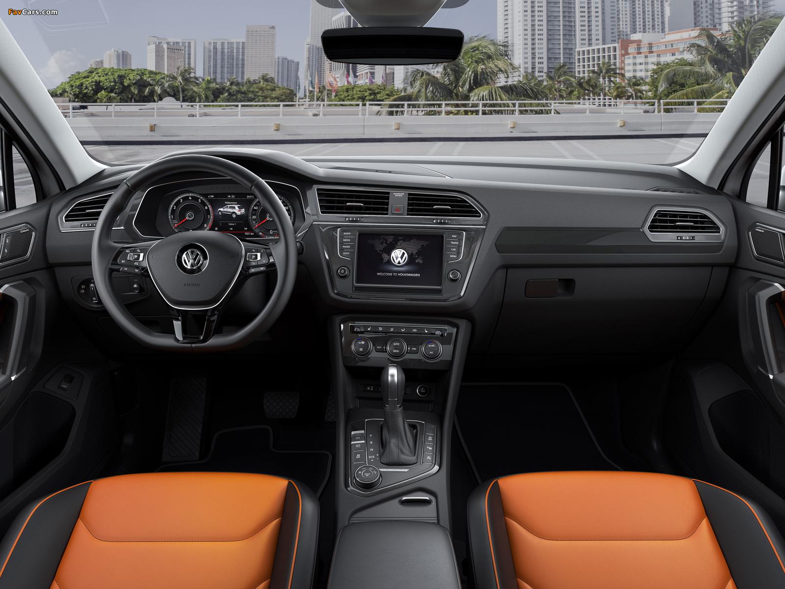 Pictures of Volkswagen Tiguan R-Line 2016 (1600 x 1200)