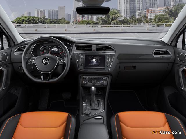 Pictures of Volkswagen Tiguan R-Line 2016 (640 x 480)