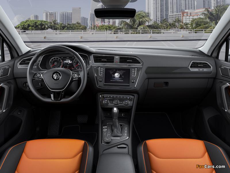Pictures of Volkswagen Tiguan R-Line 2016 (800 x 600)