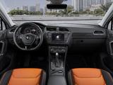 Pictures of Volkswagen Tiguan R-Line 2016