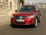 Volkswagen Tiguan 2008–11 images