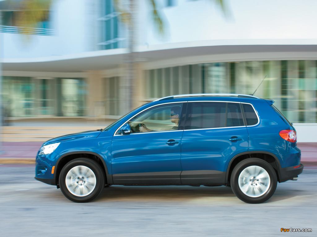 Volkswagen Tiguan US-spec 2008–11 images (1024 x 768)