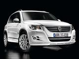 Volkswagen Tiguan R-Line 2008–11 images