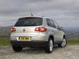 Volkswagen Tiguan UK-spec 2008–11 wallpapers