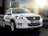 Volkswagen Tiguan R-Line 2008–11 wallpapers