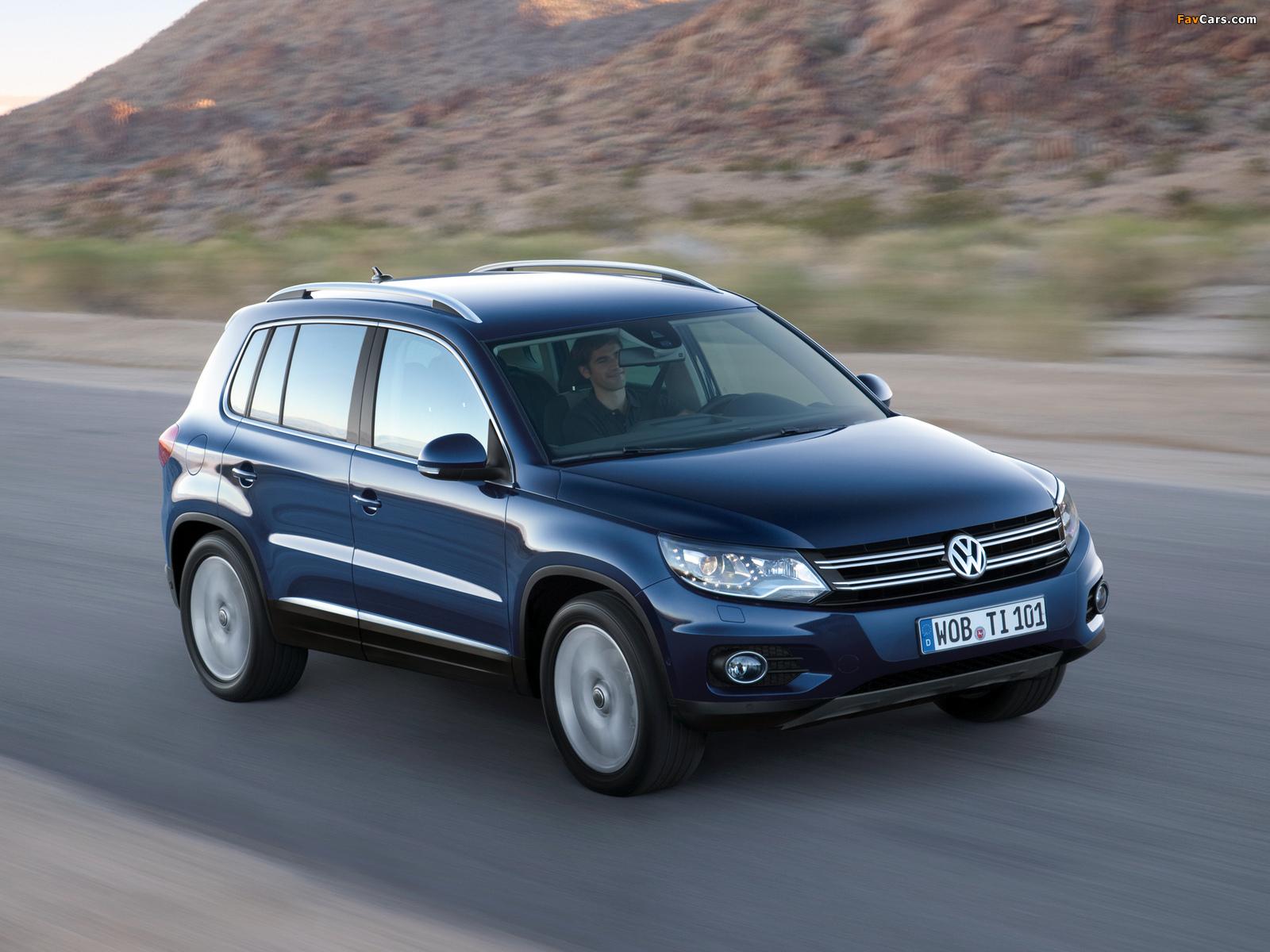 Volkswagen Tiguan Track & Style 2011 images (1600 x 1200)