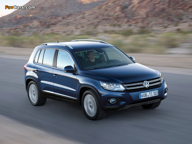 Volkswagen Tiguan Track & Style 2011 images (640 x 480)