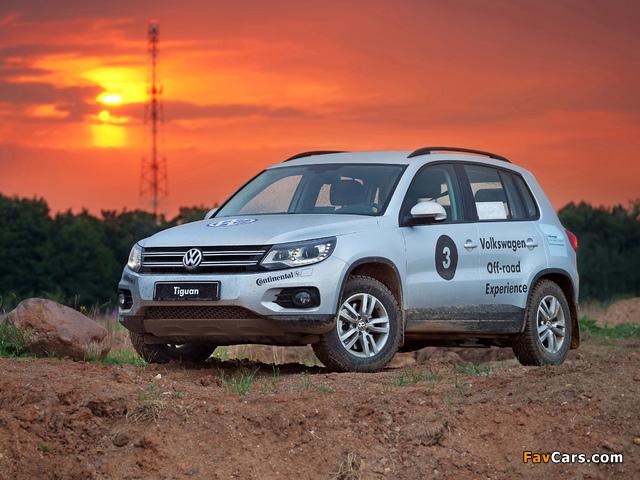 Volkswagen Tiguan Track & Style 2011 pictures (640 x 480)
