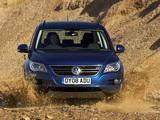 Volkswagen Tiguan Track & Field UK-spec 2008–11 wallpapers