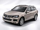 Images of Volkswagen Touareg Hybrid 2010