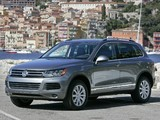 Images of Volkswagen Touareg V6 FSI US-spec 2010