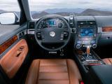 Photos of Volkswagen Touareg V10 TDI 2002–07