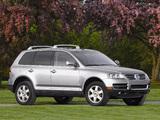 Photos of Volkswagen Touareg V10 TDI US-spec 2002–07