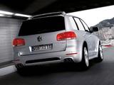 Photos of Volkswagen Touareg W12 2005–07