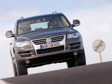 Photos of Volkswagen Touareg V10 TDI 2007–09