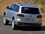 Photos of Volkswagen Touareg V6 TDI 2007–10