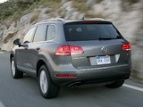 Photos of Volkswagen Touareg V6 FSI US-spec 2010