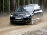 Pictures of Volkswagen Touareg W12 2005–07