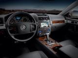 Pictures of Volkswagen Touareg V8 US-spec 2007–09