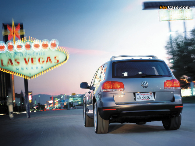 Volkswagen Touareg V8 US-spec 2002–07 images (640 x 480)
