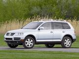 Volkswagen Touareg V10 TDI US-spec 2002–07 images