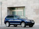 Volkswagen Touareg V6 TDI 2004–07 wallpapers