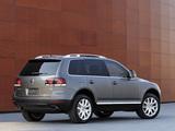 Volkswagen Touareg V8 US-spec 2007–09 images