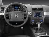 Volkswagen Touareg V10 TDI R-Line 2007–09 images