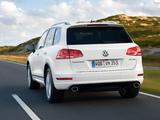 Volkswagen Touareg V8 TDI R-Line 2011 photos