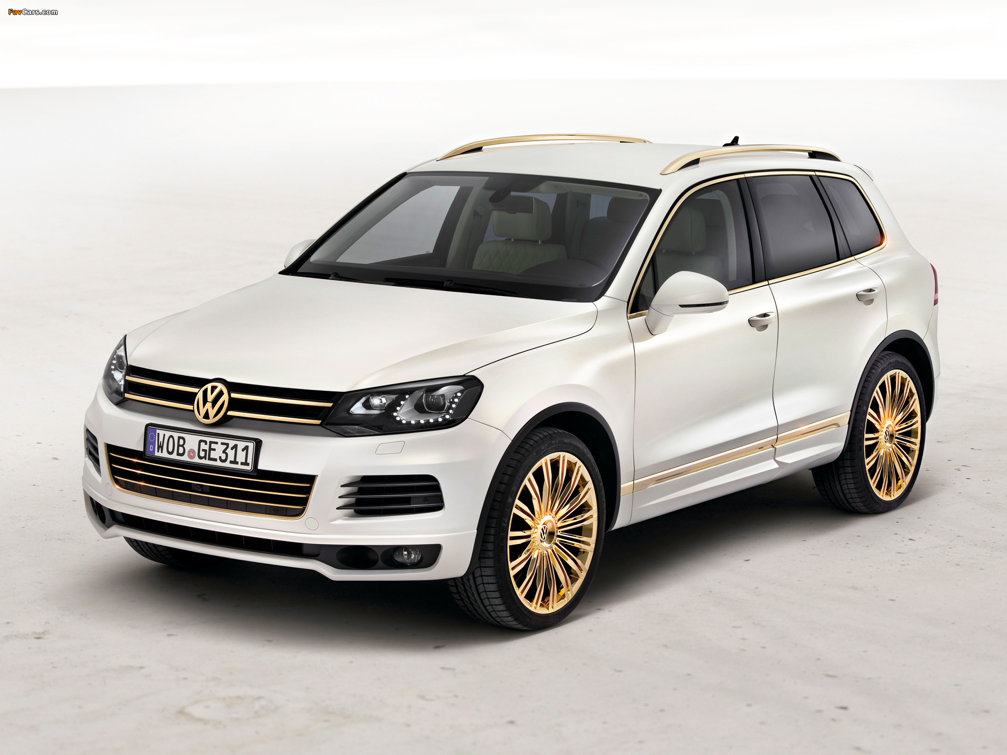 Volkswagen Touareg V8 TDI Gold Edition Concept 2011 wallpapers (2048 x 1536)