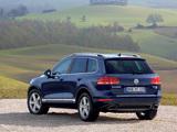 Volkswagen Touareg V6 TDI 2010 wallpapers