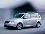 Images of Volkswagen Touran 2003–06