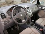 Images of Volkswagen Touran 2006–10