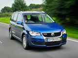 Images of Volkswagen Touran BlueMotion 2008–10