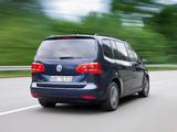 Images of Volkswagen Touran EcoFuel 2010