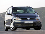 Photos of Volkswagen Touran ZA-spec 2010