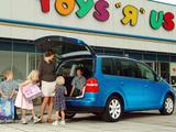 Pictures of Volkswagen Touran UK-spec 2003–06