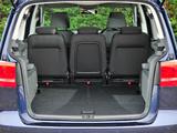 Volkswagen Touran UK-spec 2010 wallpapers