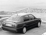 Volkswagen Vento GT 1991–98 pictures