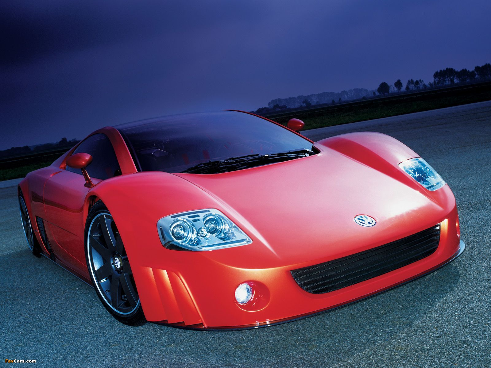 Photos of Volkswagen W12 Coupe Concept 2001 (1600 x 1200)