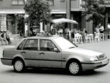 Volvo 460 UK-spec 1994–96 pictures