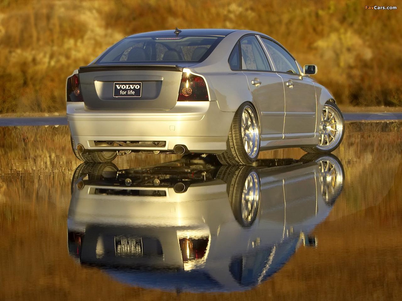 Evolve Volvo S40 SEMA Concept 2004 photos (1280 x 960)