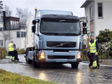 Pictures of Volvo FE Hybrid Rolloffcon Test Truck 2008–11