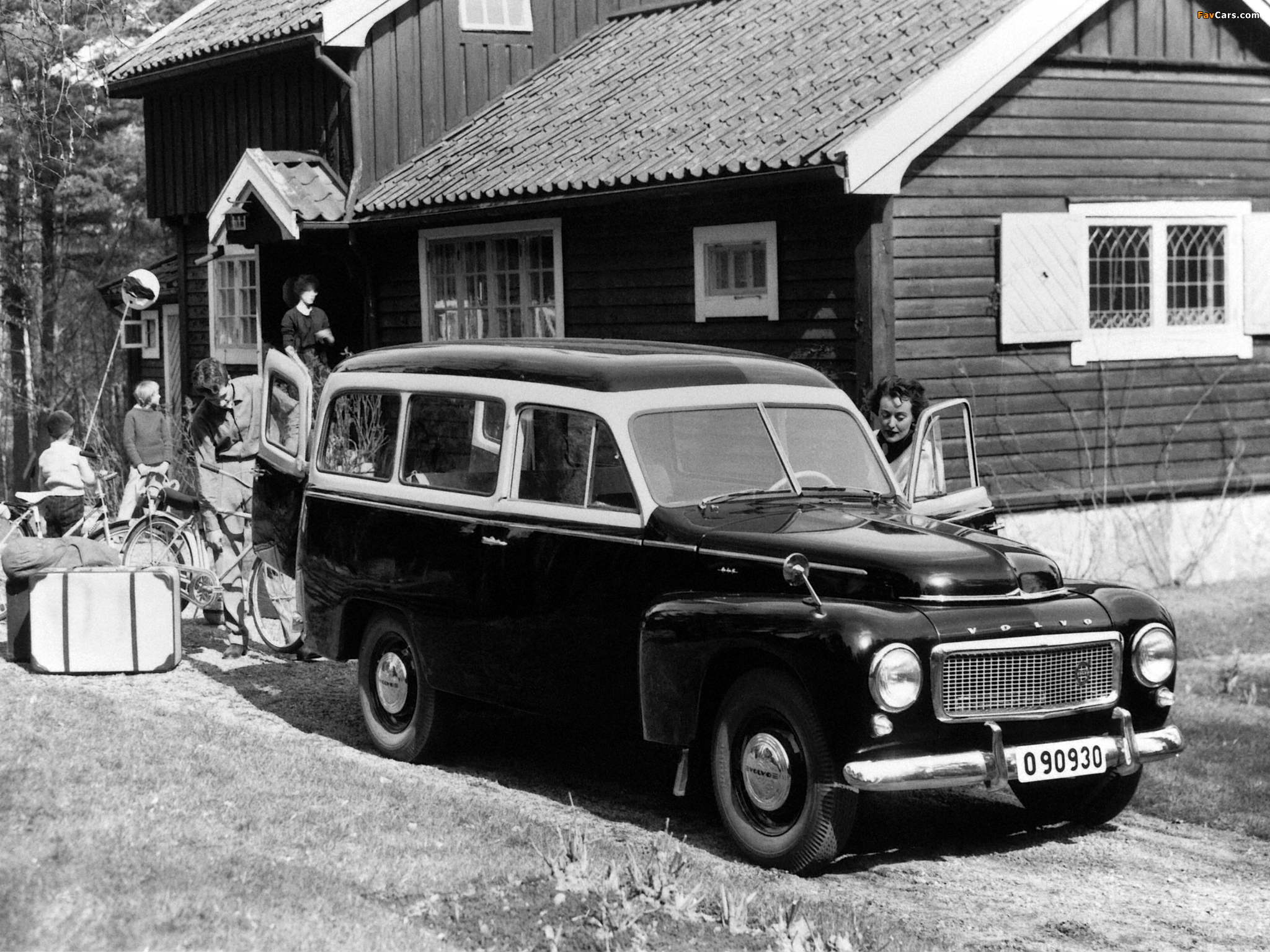 Images of Volvo PV445 Duett 1958 (2048 x 1536)