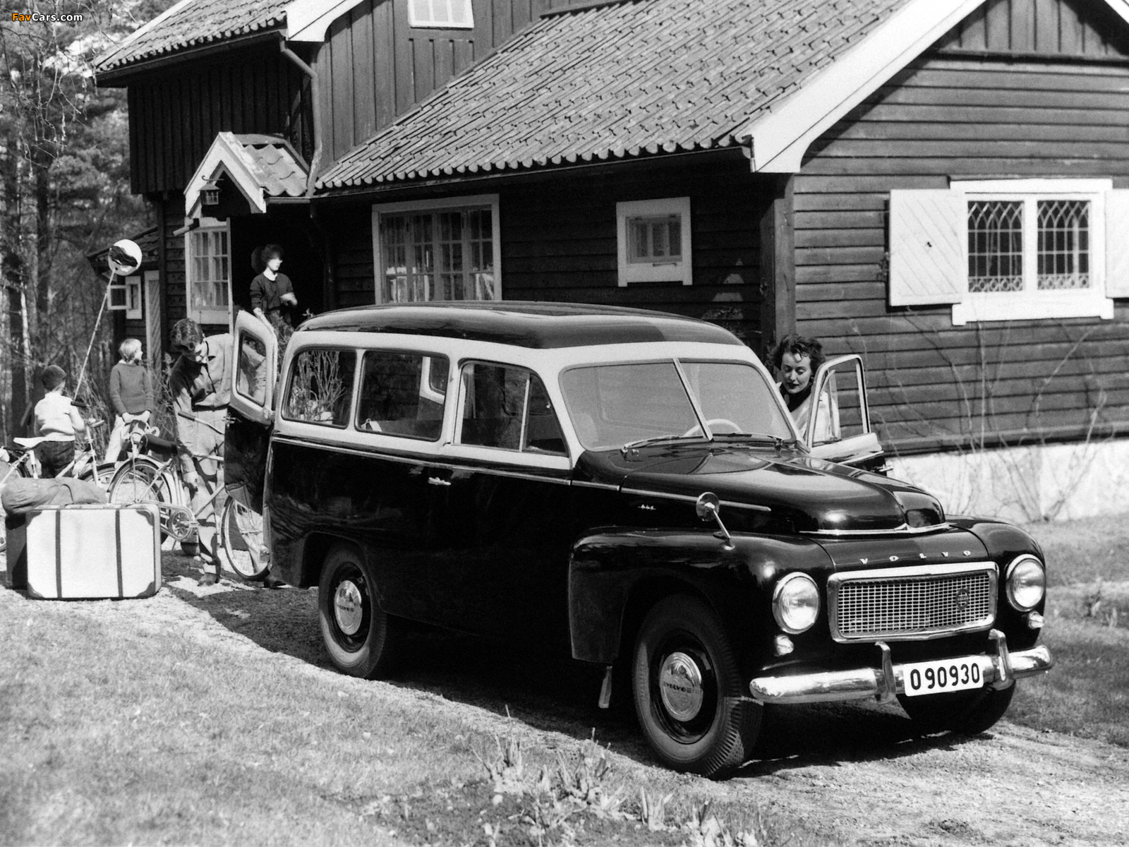 Images of Volvo PV445 Duett 1958 (1600 x 1200)