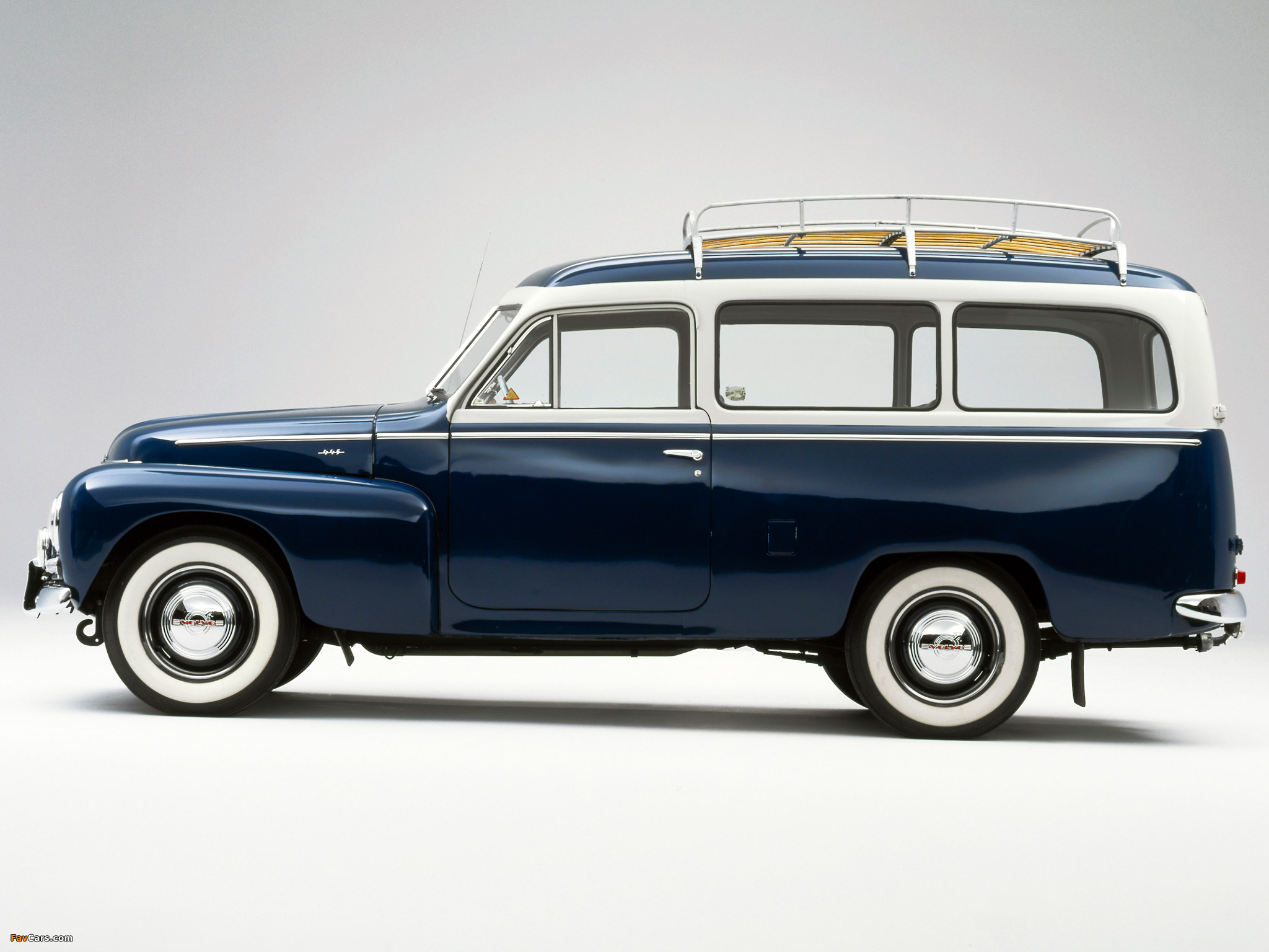 Pictures of Volvo PV445 Duett 1958 (2048 x 1536)