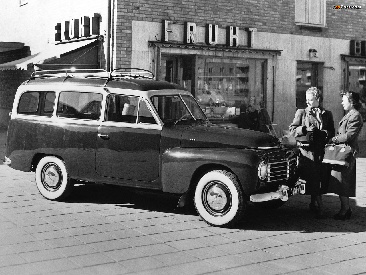 Volvo PV445DH images (1280 x 960)